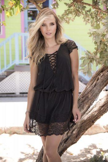 Robe dentelle noire de charme boutique femme mode belgique mapalé