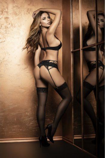 belgique lingerie boutique ensemble-sexy-avec-ornements-et-porte-jarretelles