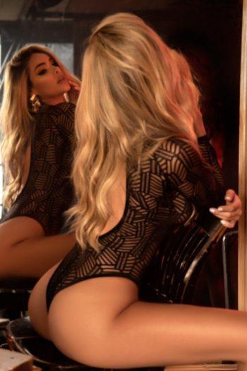 body-string-noir-geometrique-dos-ouvert lingerie boutique belgique mapalé